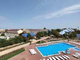 отель с бассейном Променад