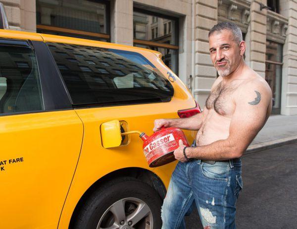 1000x772xnyc-taxi-calendar-2_jpg_pagespeed_ic_a-gpbzaigi.jpg (47.69 Kb)