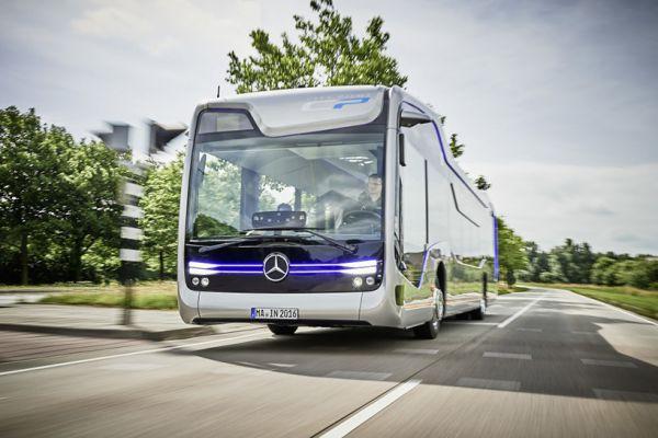 38_avtobus-budushhego-ot-mercedes-benz-etoday-01.jpg (43.16 Kb)