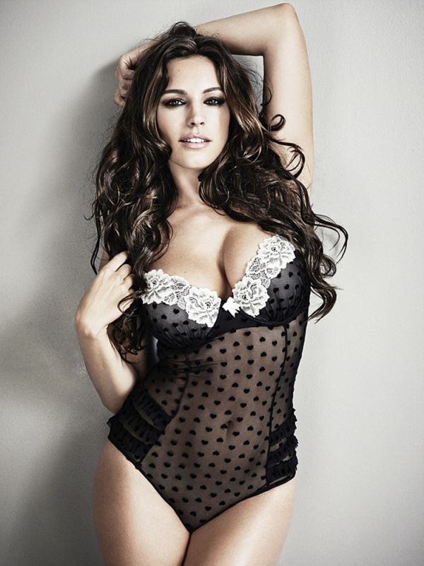 80_kelly-brook_-new-look-2013-lingerie-04.jpg (69.7 Kb)