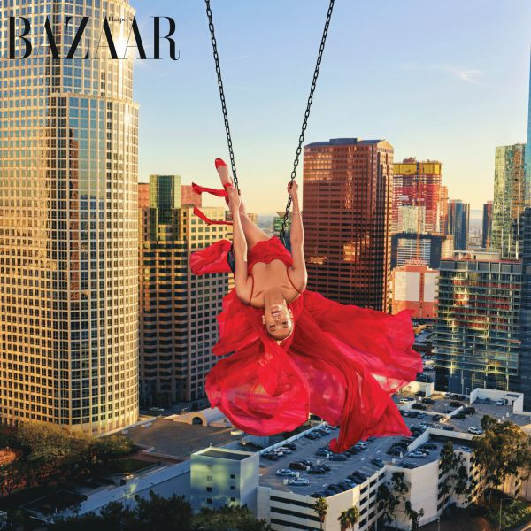9178_jennifer-lopez-harper-bazaar-cover-april-2018.jpg (91.24 Kb)