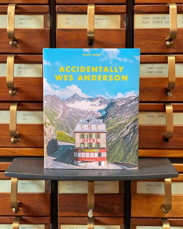 accidentally-wes-anderson-book-01.jpg (82.97 Kb)