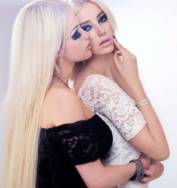что эдуард фото красивых блондинок с подругой этот