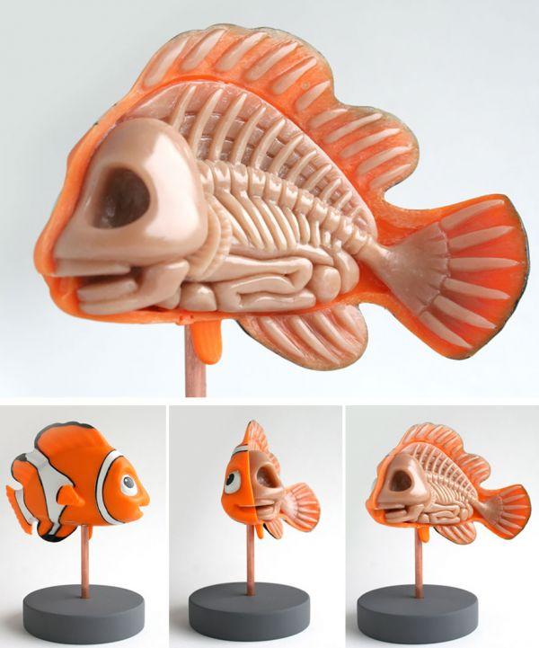 children-toy-cartoon-anatomy-bones-insides-jason-freeny-18__880-1.jpg (55.09 Kb)