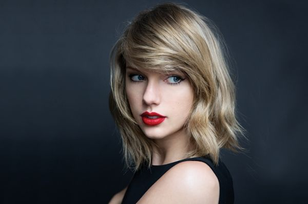 do-no-reuse-taylor-swift-the-beat-bb36-sarah-barlow-billboard-650.jpg (21.73 Kb)