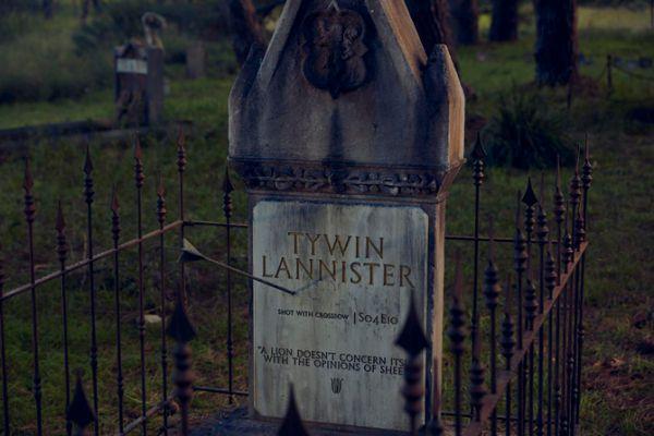 game-of-thrones-cemetery-10.jpg (38.99 Kb)