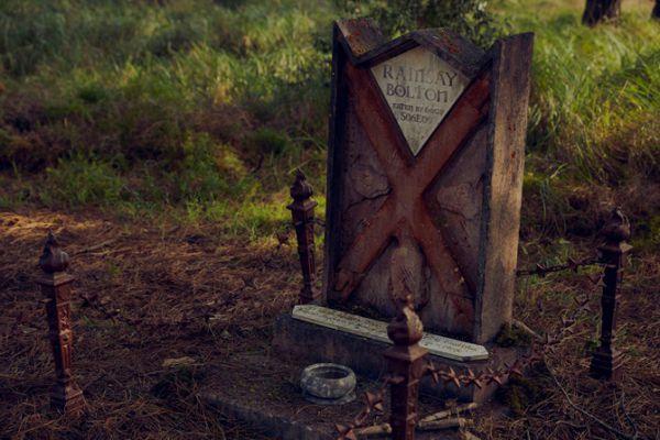 game-of-thrones-cemetery-12.jpg (50.66 Kb)