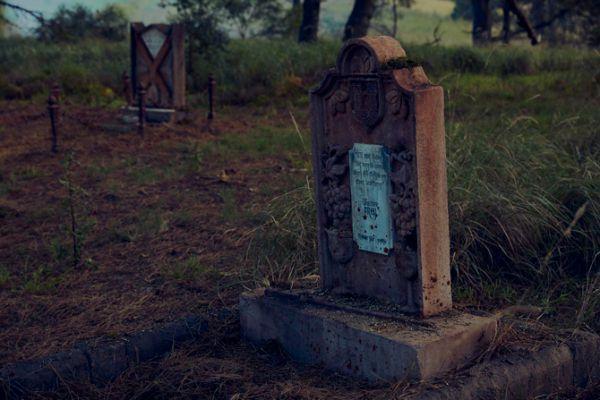 game-of-thrones-cemetery-3.jpg (43.38 Kb)