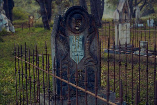 game-of-thrones-cemetery-4.jpg (46.83 Kb)