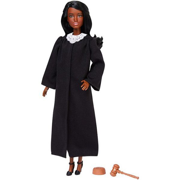 judge-barbie-career-of-the-year-06.jpg (21.32 Kb)