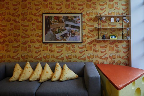 london-cheese-themed-hotel-suite-08.jpg (47.64 Kb)