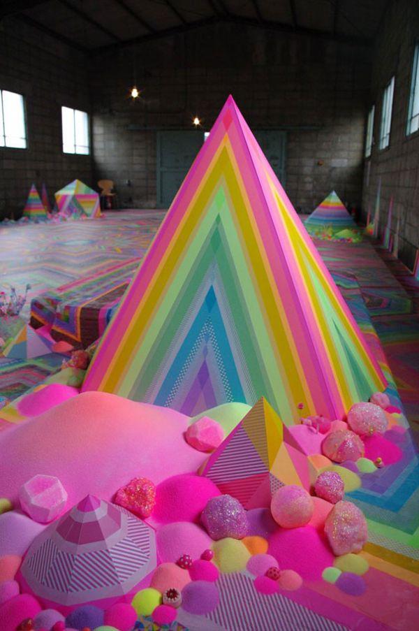 pink-candy-floor-installation-pin-and-pop-tanya-schultz-21.jpg (75.68 Kb)