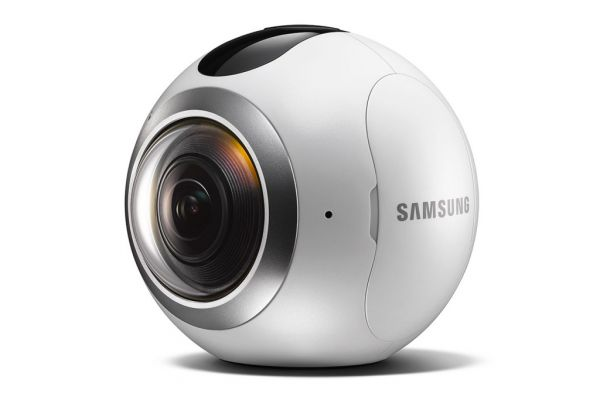 samsung-predstavila-kameru-gear-360-dlya-semki-na-360-gradusov-03.jpg (18.06 Kb)