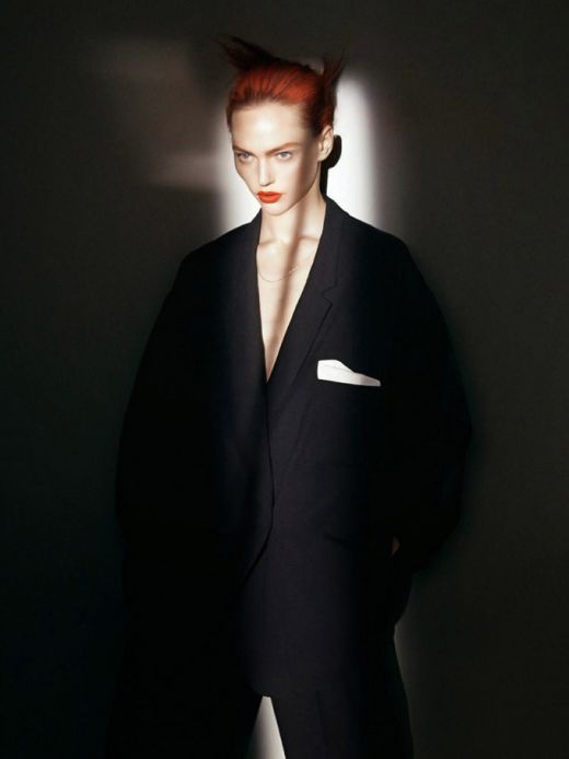 sasha-pivovarova-vogue-paris-david-sims-01.jpg (19.42 Kb)