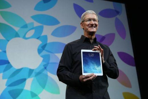 apple-tim-cook-ipad-air.jpg (20.31 Kb)