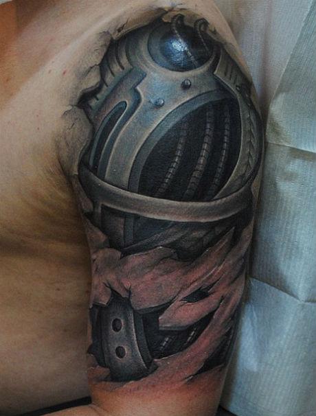 Найреалістичніші татуювання криваві