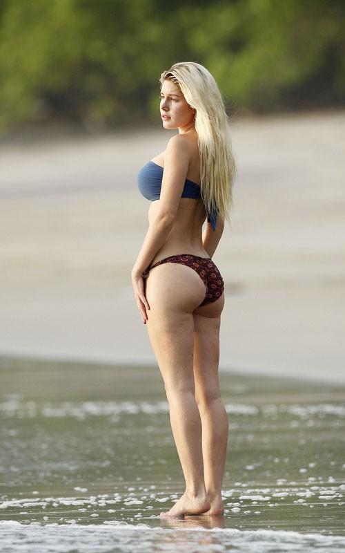 bikiniadders0922105.jpg (58.28 Kb)