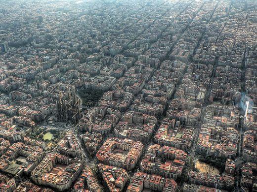 birds-eye-view-aerial-barcelona-600x4.jpg (73.34 Kb)