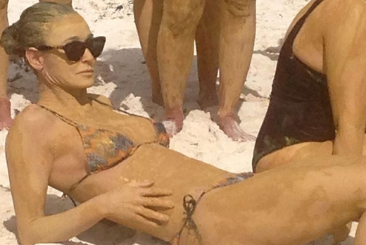demi-moore-bikini-boot-camp-in-mexico-03-900x675.jpg (136.55 Kb)