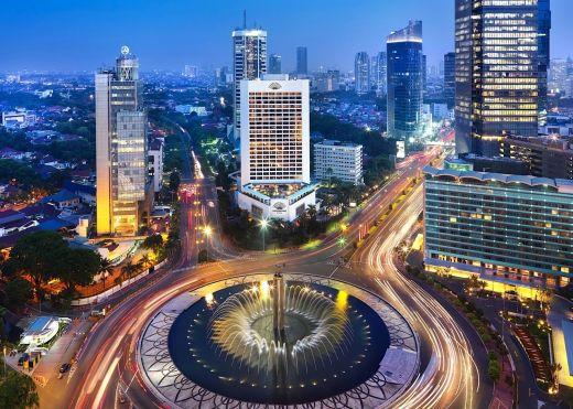 jakarta_indonesia_night.jpg (63.1 Kb)