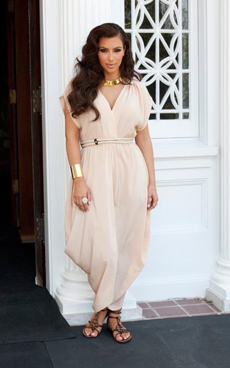 kim-kardashian-072411a-5.jpg (211.83 Kb)